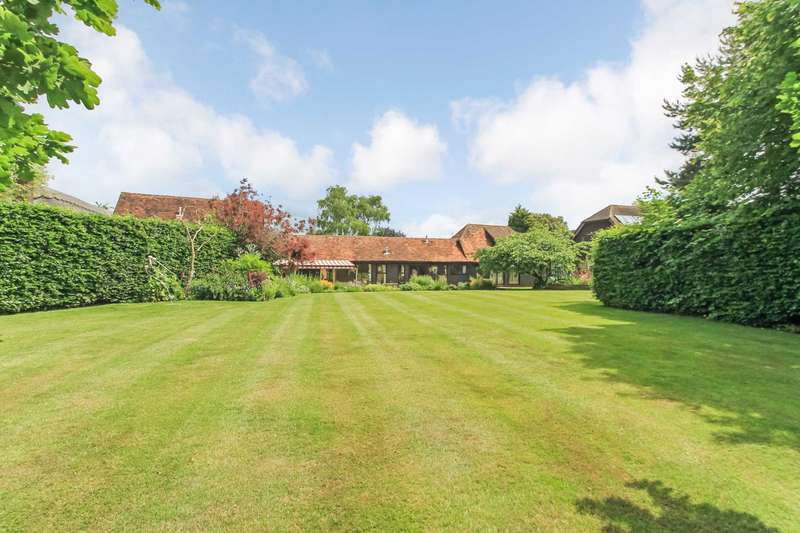 4 Bedrooms Barn Conversion Character Property for sale in Buckland, Aylesbury