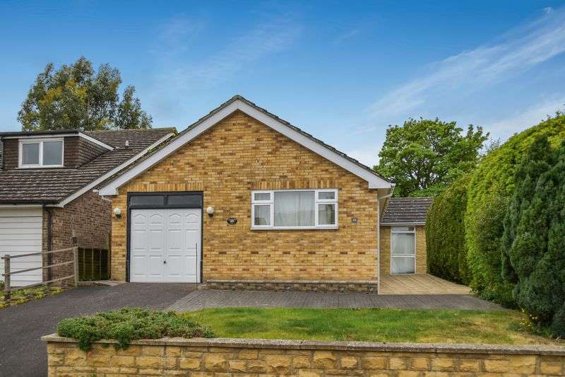 3 Bedrooms Property for sale in Masefield Crescent, Abingdon