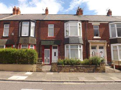 2 Bedrooms Flat for sale in Mortimer Road, South Shields, Tyne and Wear, NE33