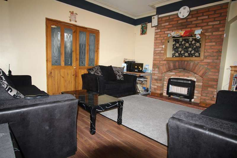 3 Bedrooms Terraced House for sale in Pennington Terrace, Bradford, BD5 0PN