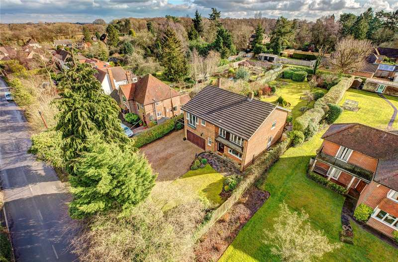 5 Bedrooms Detached House for sale in Ballinger Road, South Heath, Great Missenden, Buckinghamshire, HP16