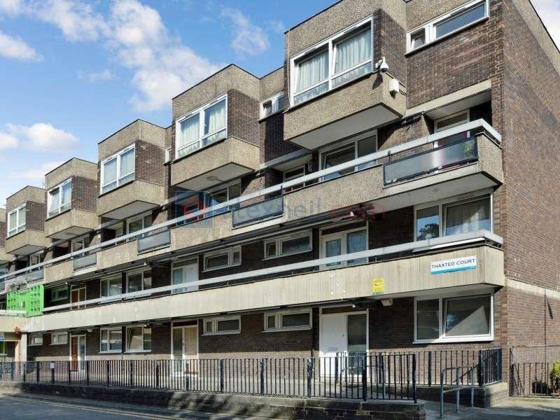 3 Bedrooms Flat for sale in Abbeyfield Estate, Surrey Quays SE16