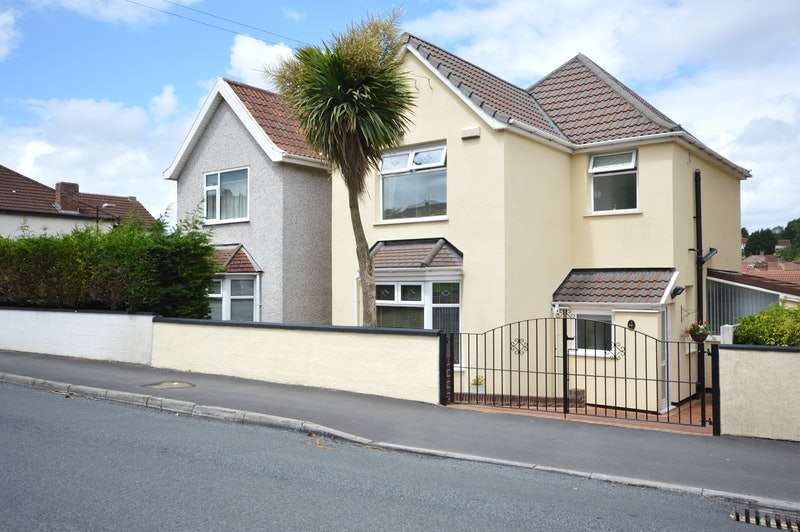 3 Bedrooms Detached House for sale in Hengrove Lane, Bristol, Bristol, BS14