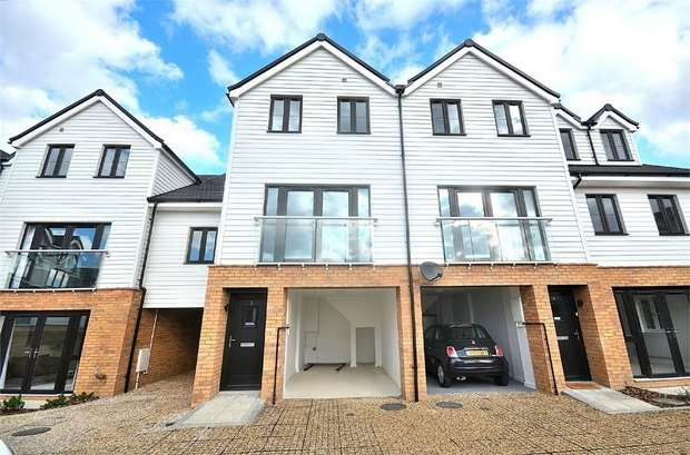 4 Bedrooms Town House for rent in Braintree, Essex