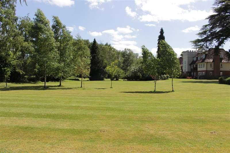 3 Bedrooms Flat for sale in Tidmarsh Grange, Tidmarsh, RG8