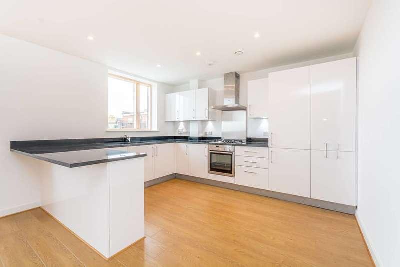 3 Bedrooms Flat for sale in Leswin Road, Stoke Newington, N16