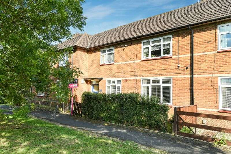 1 Bedroom Flat for sale in Brampton Road, South Oxhey, Watford