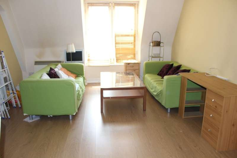 2 Bedrooms Flat for sale in Sackville Place, Bombay Street, Manchester