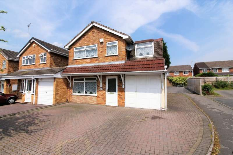 4 Bedrooms Detached House for sale in Dursley Close, Willenhall