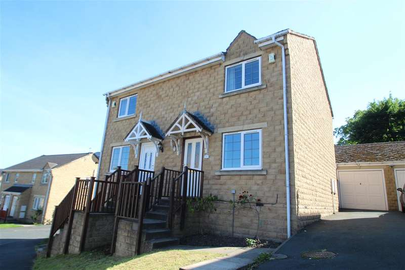 2 Bedrooms Semi Detached House for sale in St Georges Road, Lee Mount, Halifax