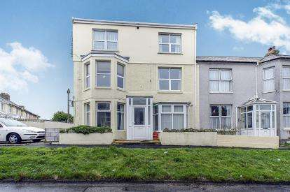1 Bedroom Flat for sale in Newquay, Cornwall, United Kingdom