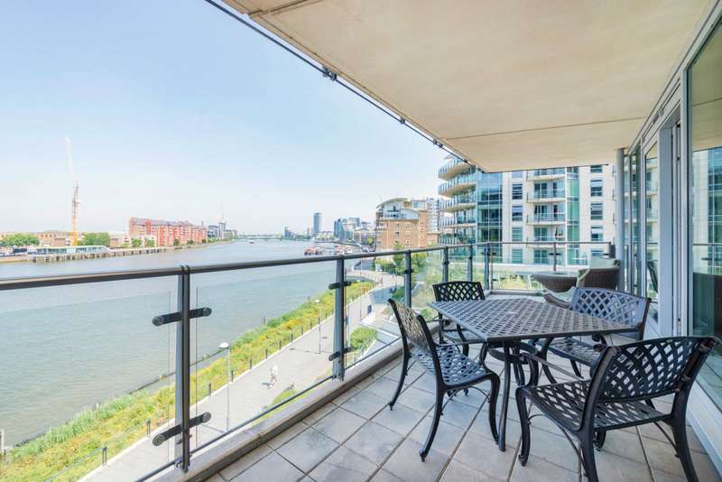 2 Bedrooms Apartment Flat for sale in Kingfisher House, Battersea Reach, SW18