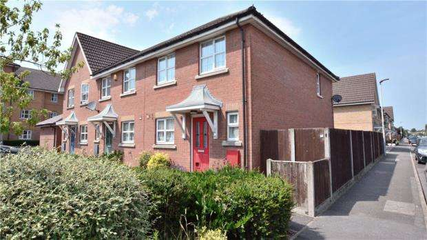 3 Bedrooms End Of Terrace House for sale in Mill Bridge Place, Uxbridge, Middlesex