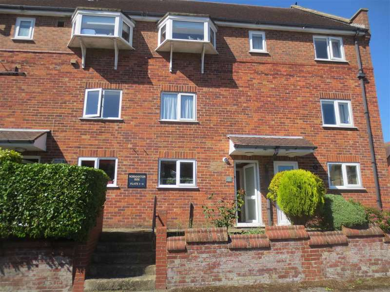 1 Bedroom Apartment Flat for sale in Holbeck Hill, Scarborough