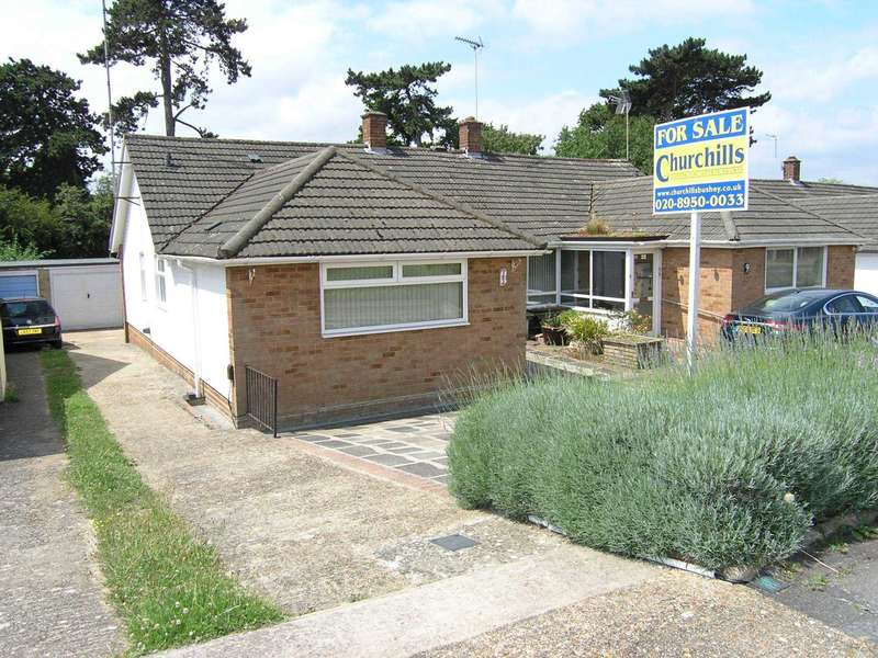 2 Bedrooms Bungalow for sale in Foxleys, Carpenders Park