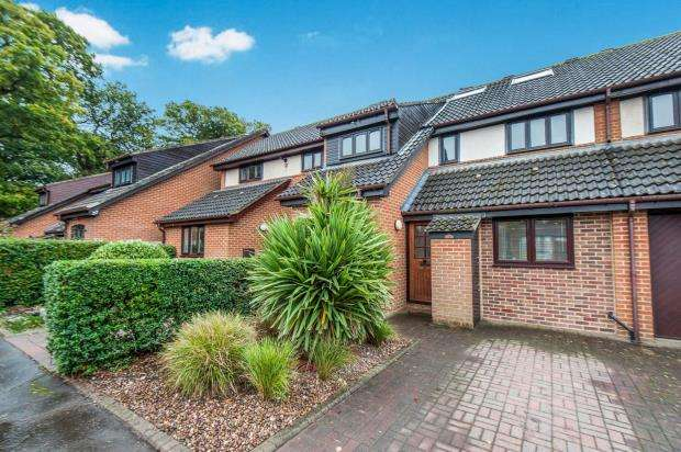 4 Bedrooms Terraced House for sale in Kingston Upon Thames, Surrey, England