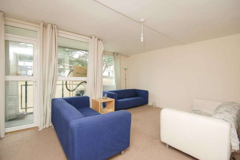 3 Bedrooms Flat for sale in Whitlock Drive, Southfields, SW19
