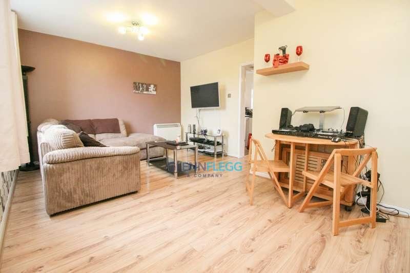 1 Bedroom Ground Flat for sale in Calbroke Road