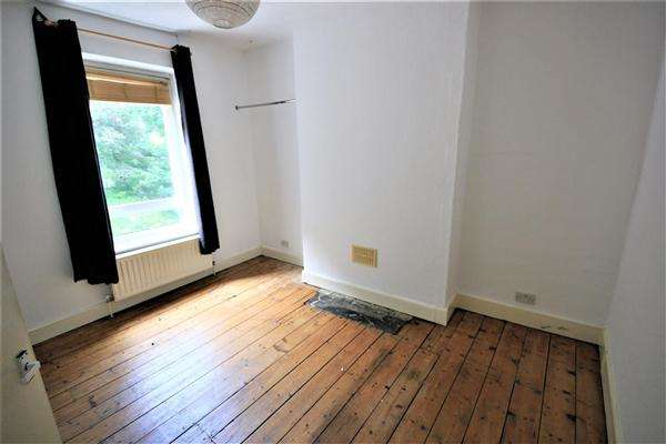 2 Bedrooms Apartment Flat for rent in Gladstone Place, Brighton