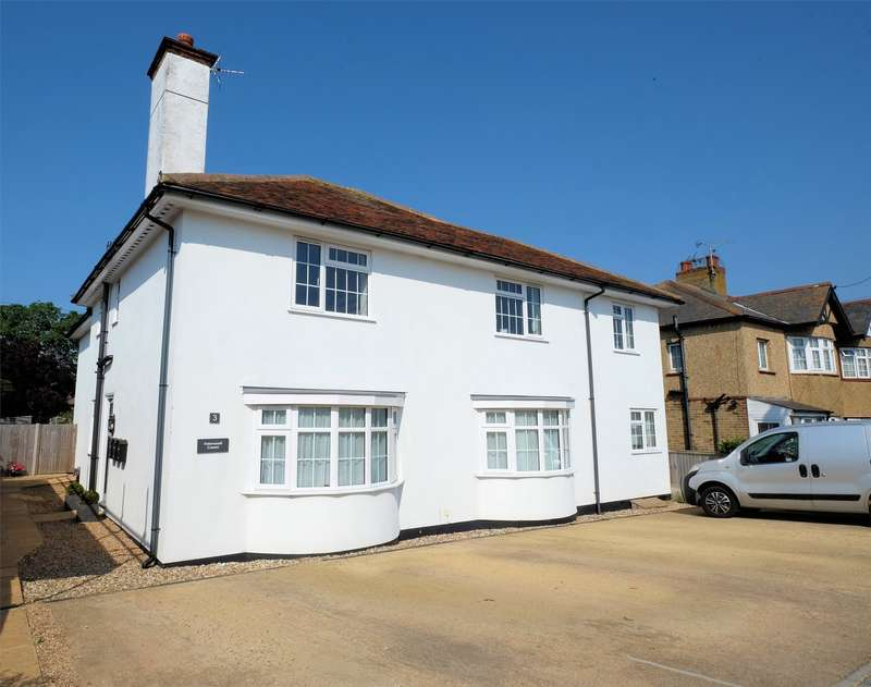 2 Bedrooms Flat for sale in Bridgefield Road, Tankerton, WHITSTABLE, Kent
