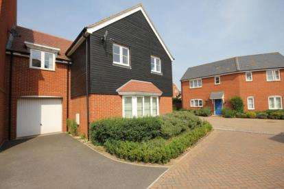 4 Bedrooms Link Detached House for sale in Bluewater Quay, Wixams, Bedford, Bedfordshire