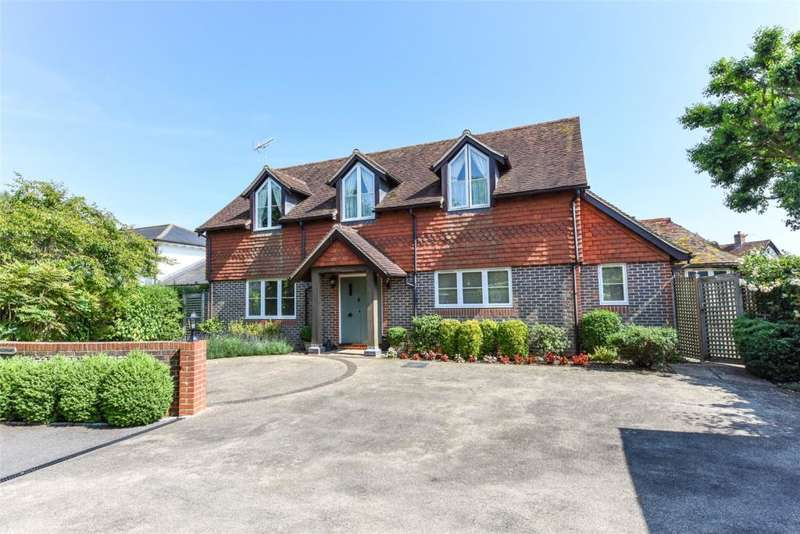 4 Bedrooms Detached House for sale in Martins Lane, Birdham, Chichester, West Sussex, PO20