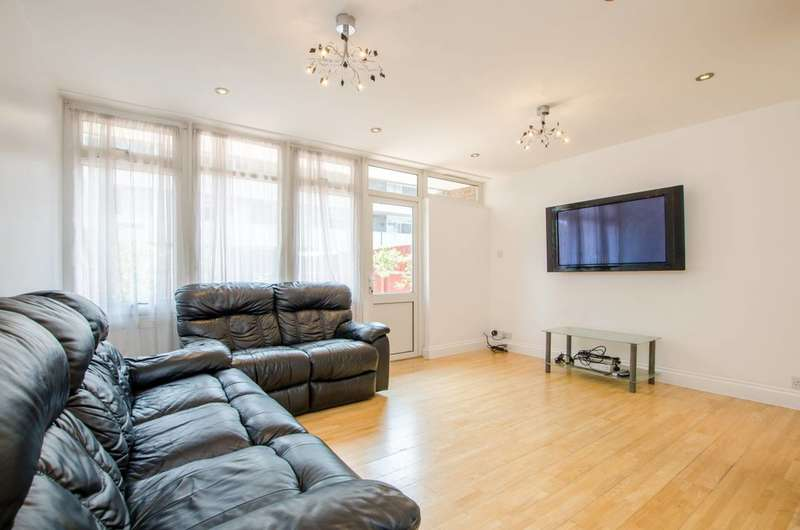4 Bedrooms Terraced House for sale in Manor Grove, Peckham, SE15