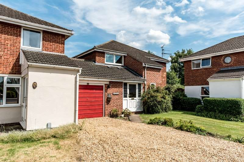 4 Bedrooms Detached House for sale in the rookery, yaxley, Cambridgeshire, PE7