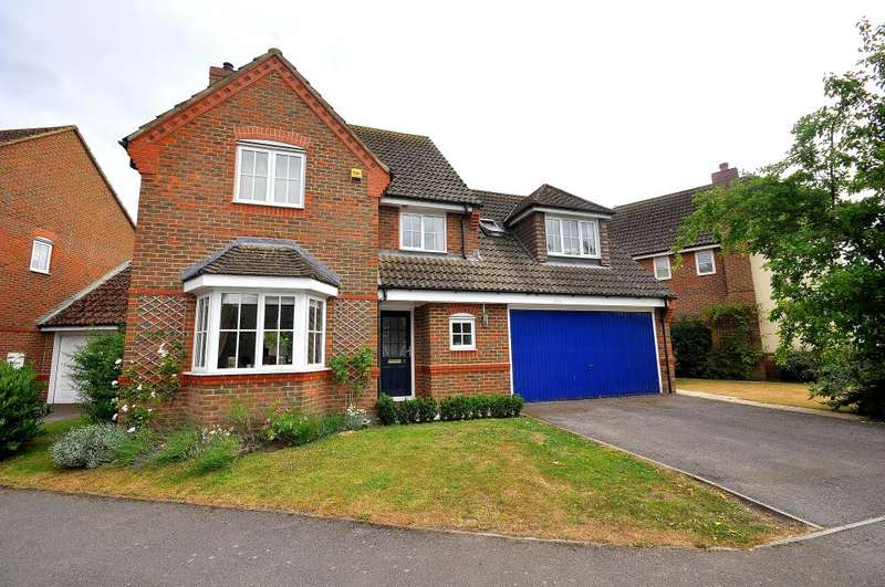 4 Bedrooms Detached House for sale in Shires Close, Ringwood, BH24 3DJ