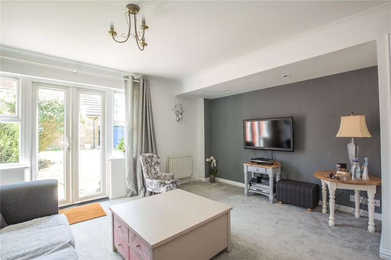 4 Bedrooms Semi Detached House for sale in Sebergham Grove, Mill Hill, London, NW7