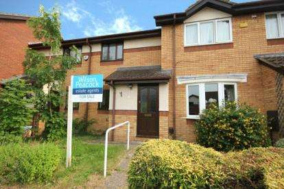 2 Bedrooms Terraced House for sale in Dynevor Close, Bromham, Bedford, Bedfordshire