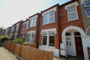 1 Bedroom Maisonette Flat for sale in Blandford Road, Beckenham, Kent, Uk