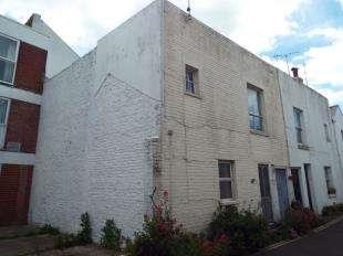 1 Bedroom End Of Terrace House for sale in Sadler Street, Bognor Regis