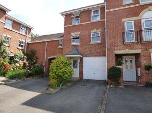 3 Bedrooms End Of Terrace House for sale in Old School Place, Maidstone, Kent