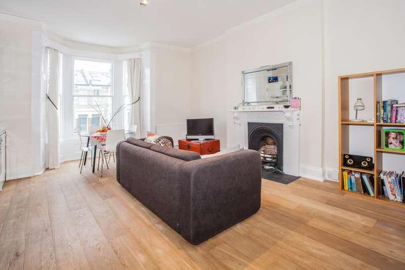 1 Bedroom Flat for sale in Oaklands Grove, Shepherds Bush, London, W12 0JD