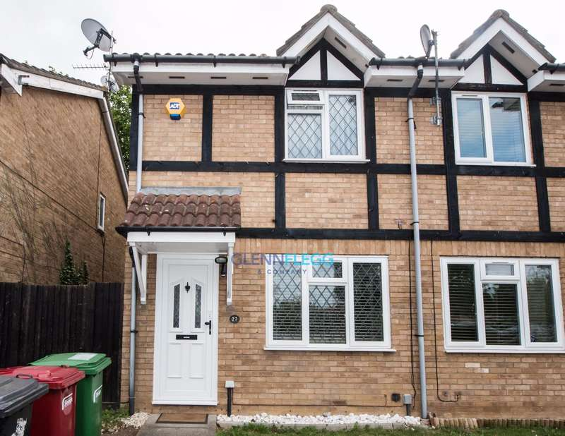 2 Bedrooms End Of Terrace House for sale in Maplin Park, Langley - Freehold