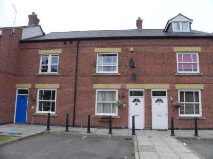 3 Bedrooms Terraced House for sale in Irlam Street, Wigston, Leicestershire