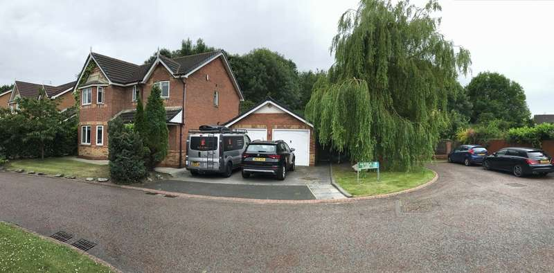 4 Bedrooms Detached House for sale in Hayfield Close, Halewood, Liverpool L26 6ND