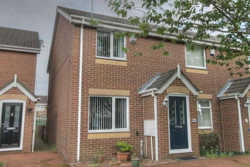 2 Bedrooms Property for sale in Shawdon Close, Newbiggin Hall, Newcastle Upon Tyne, NE5