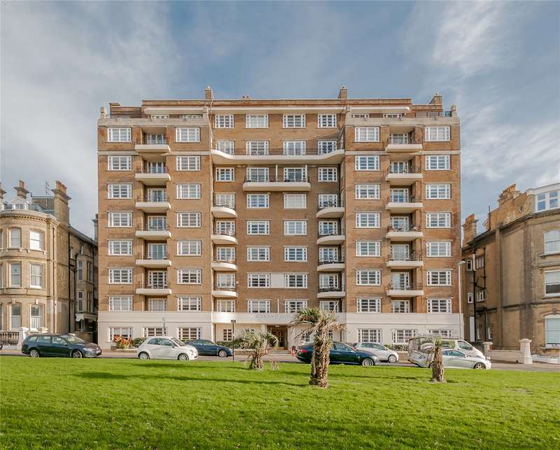 3 Bedrooms Flat for sale in Grand Avenue, Hove, East Sussex, BN3