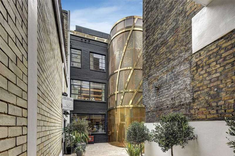 3 Bedrooms Apartment Flat for sale in Royalty Mews, Soho