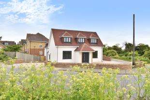 4 Bedrooms Detached House for sale in Lower Rochester Road, Rochester, Kent, .