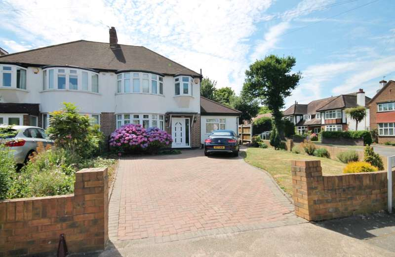 4 Bedrooms Semi Detached House for sale in Blakes Avenue, New Malden