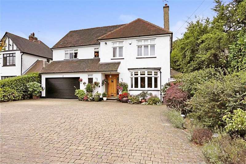 4 Bedrooms Detached House for sale in Hall Green Lane, Hutton