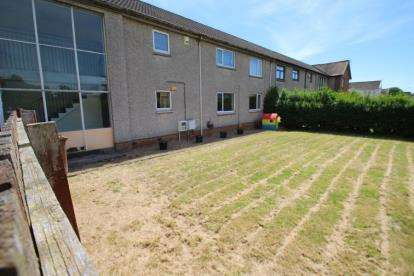 2 Bedrooms Flat for sale in Paterson Crescent, Irvine, North Ayrshire