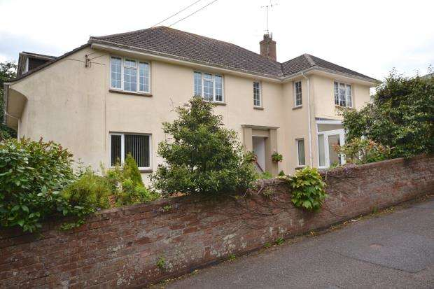 3 Bedrooms Flat for sale in Pine Lodge, 1 Northview Road, Budleigh Salterton, Devon