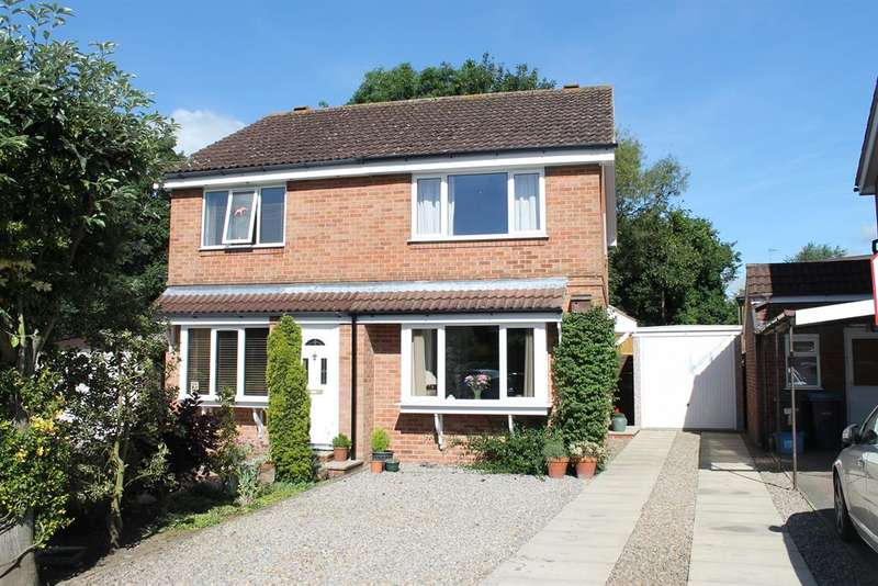 2 Bedrooms Semi Detached House for sale in Drovers Court, Easingwold, York, YO61 3NP
