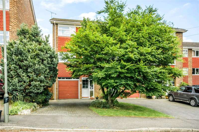 3 Bedrooms Terraced House for sale in Durfold Drive, Reigate, Surrey, RH2