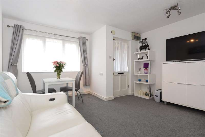 1 Bedroom Maisonette Flat for sale in Melrose Place, Watford, Hertfordshire, WD17