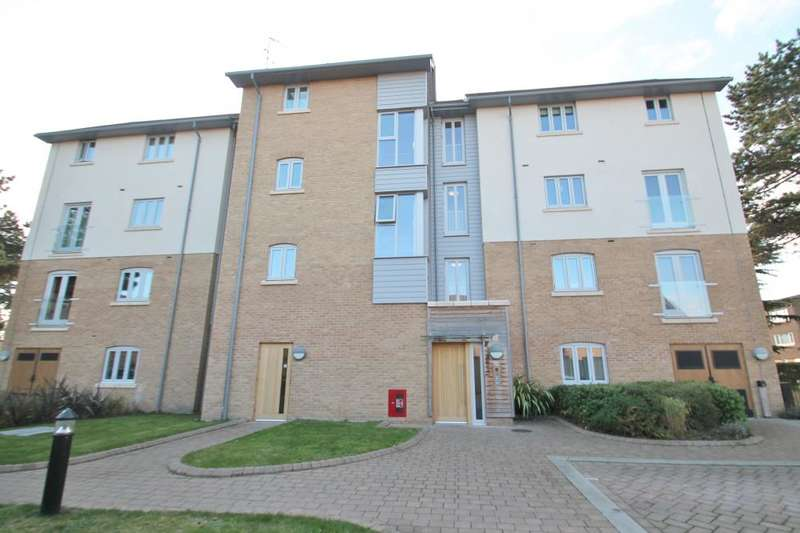 1 Bedroom Apartment Flat for sale in SYRIE COURT, NEW MOSSFORD WAY, BARKINGSIDE